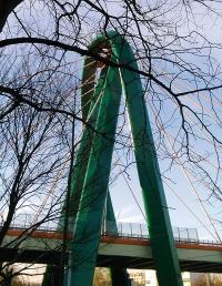 Most na Trasie Uniwersyteckiej