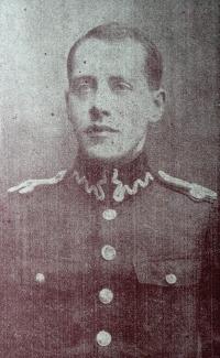 Antoni Scheur w mundurze polskiego lotnika