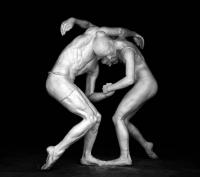 """""""Tancerze"""", gips ceramiczny, wys. 180 cm, 2010 r."""