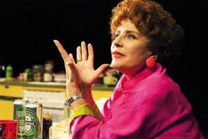 Krystyna Janda, jako Shirley Valentine