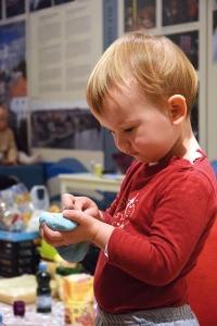 Maluchy w muzeum – środy sensoryczne dla najmłodszych