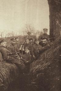 Rok 1920; polscy żołnierze w okopach