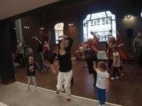 Zatańcz ze mną, mamo! – warsztaty taneczne utrzymane w stylistyce flamenco-jazz dla mam z dziećmi od lat 5.